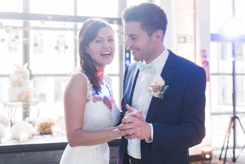 Brushstroke Hochzeit Braut und Bräutigam
